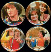 #CH136  - Set of 4 Different Large Scarce Mork and Mindy Pinbacks
