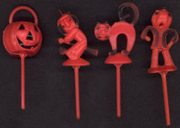 #HH128 - Group of 4 Really Nice Halloween Picks from around 1960