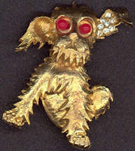 #BEADS0584 - Well Made Metal Scottie Dog Pin with Bead Eyes and a Rhinestone Ear