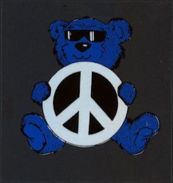 ##MUSICBP2006 - Grateful Dead Car Window Tour Sticker/Decal - Grateful Dead Bear Holding Peace Sign - Blue Version