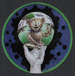 ##MUSICBP2046 - Grateful Dead Car Window Tour Sticker/Decal - Pictures Bear in Bubble Held by a Hand