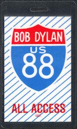 ##MUSICBP0074  - White Laminated Bob Dylan 1988 Tour Backstage Pass