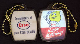 #CA089 - Rare 1950s Esso Flicker Keychain Dealer Giveaway
