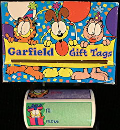 #CH427 - Full Roll of Garfield Gift Tags in Illustrated Dispensing Box