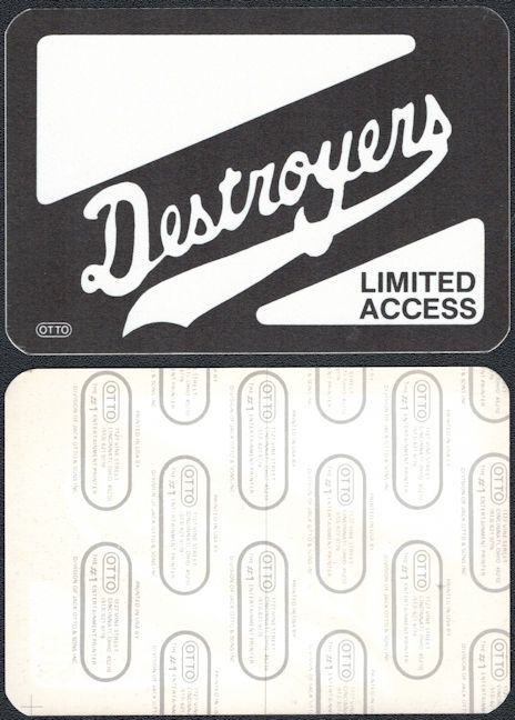 ##MUSICBP0795  - 1986 Destroyers (George Thorogood) Cloth OTTO Backstage Pass From the Maverick Tour - Black Version