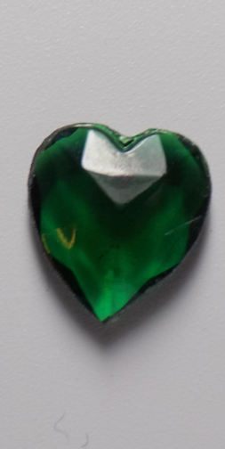 #BEADS0602 - 12mm Heart Shaped Emerald Glass Cabochon - Ground Glass Edges