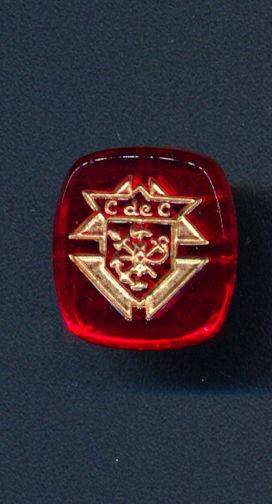 #BEADS0787 - 16mm Ruby Glass Knights of Columbus C de C Intaglio