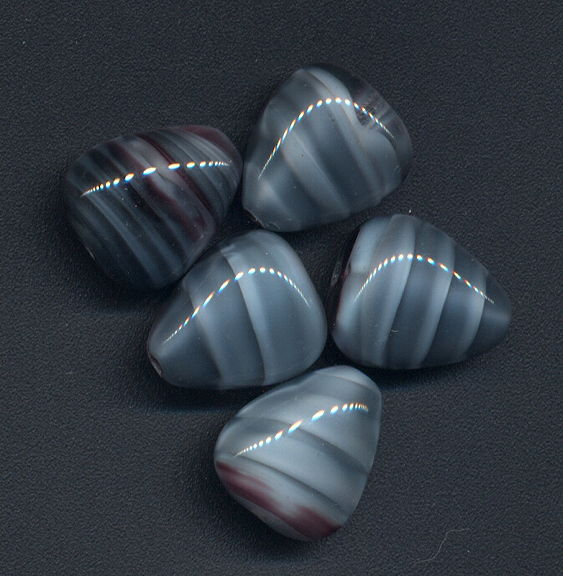 #BEADS0805 - Group of 5 Large 14mm Shades of Grey Triangular Czech Glass Beads