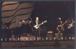 ##MUSICBG0099  -  Unused 1978 Paul Simon (Simon and Garfunkel) Postcard