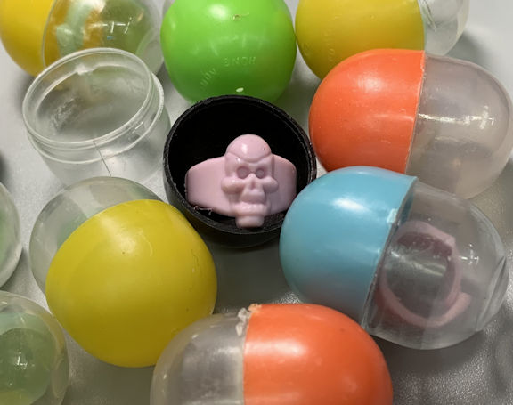 #TY825 - Group of 12 Skull Ring Gumball Toys in Capsules