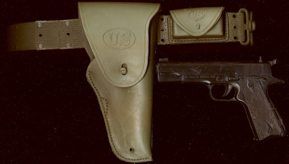 #TY744 - Adjustable Waist U.S. Gun Holster with Clicker Gun - Nichols/Kusan - Doesn't Click Anymore