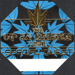 ##MUSICBP0263 - Perri Cloth Backstage Special Guest Pass from the 2000 Up in Smoke Tour - Pot Leaf Decoration - Snoop Dog, Dr. Dre, Eminem