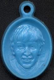 ##MUSICBG0069.1  - John Lennon Beatles Vending Charm