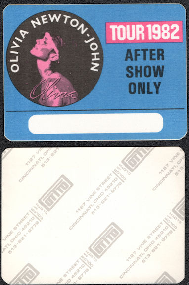 ##MUSICBP0576  - Olivia Newton John Cloth OTTO Backstage Pass from the 1982 Tour