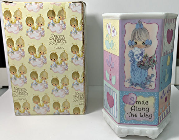 #MS328 - Enesco Precious Moments Ceramic Pencil Cup - Girl with Flowers - Original Box