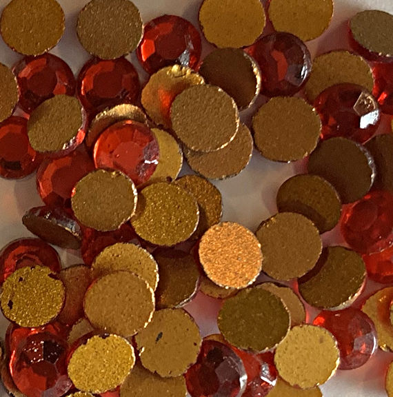 #BEADS0878.1 - Full Package of 1,440 Ruby Glass Chaton Roses (tiny rhinestones)