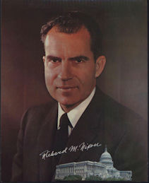 #PL315 - Very Large Richard Nixon Picture